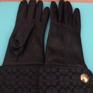 Coach signature print and leather gloves